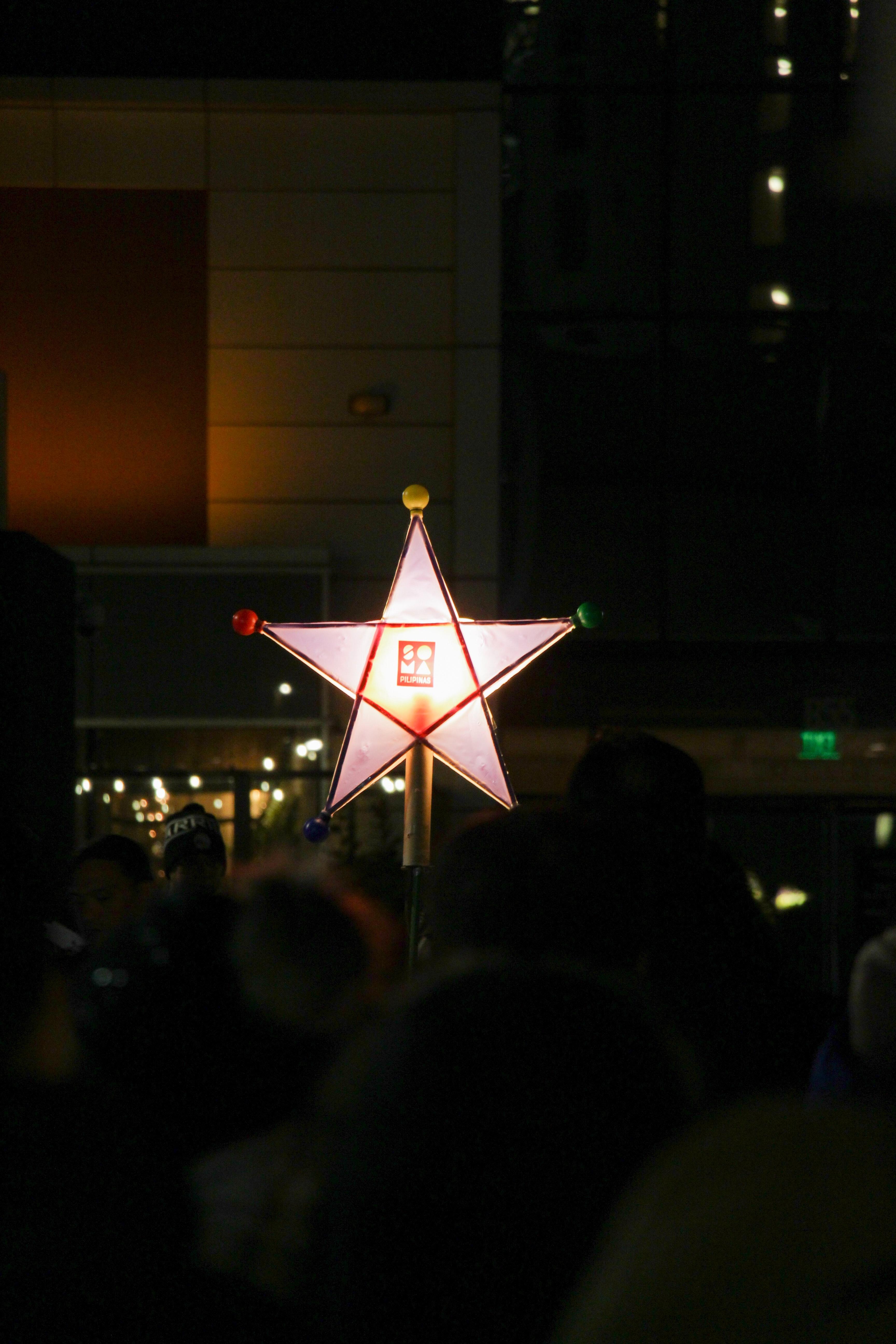 Parol – The Christmas Filipino Star Lantern featuring Manila Oriental